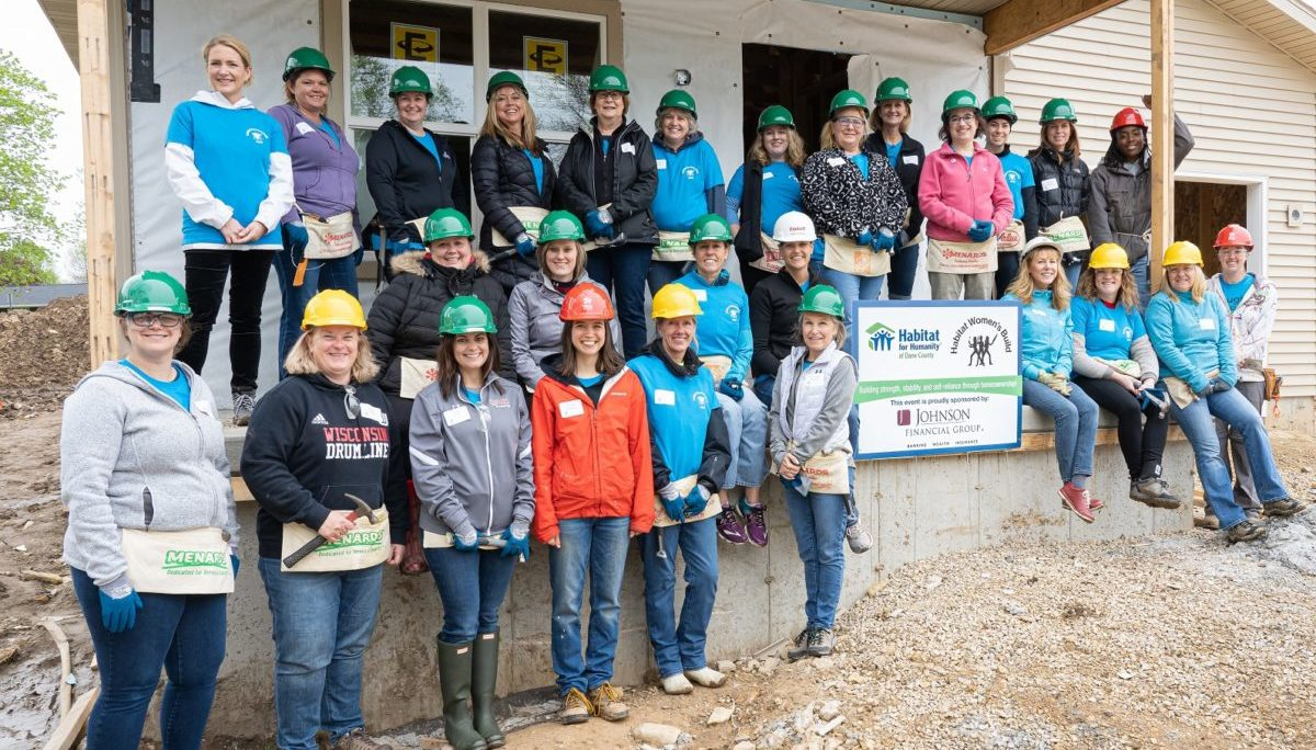 Women's Build Group Photo